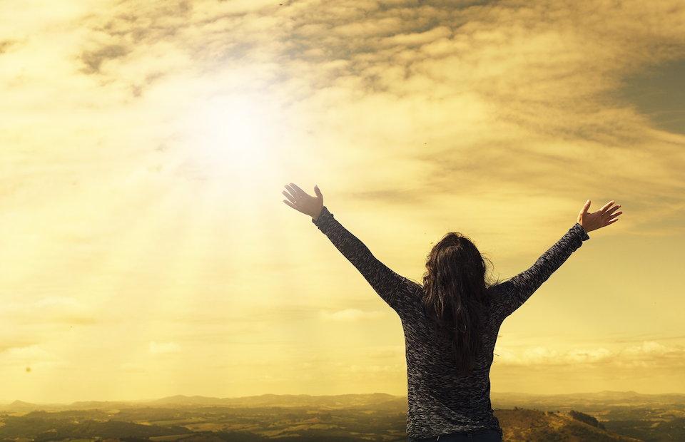 太陽 礼拝 礼賛 賛美 安心 大空